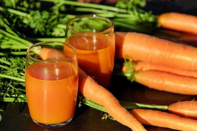 homemade carrot juice