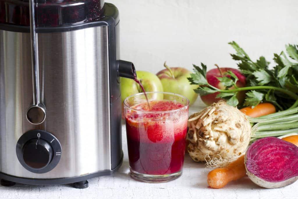 masticating vs centrifugal juicer nutrients